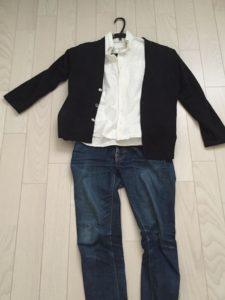 オフィスカジュアルの服装の例